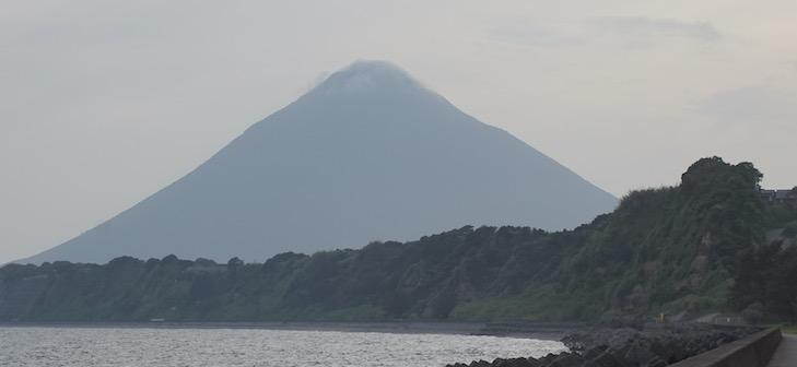 Imposant volcan : le Mt. Kaimondake à la pointe Sud-Ouest de Kagishima